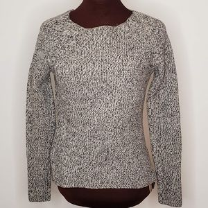 Everlane Cream and Black Wool Sweater Size Small
